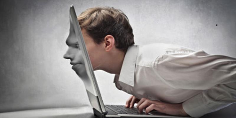 Κολλημένος στο διαδίκτυο; Ποτέ» – Βοιωτική Ωρα
